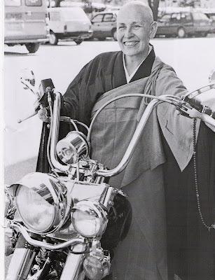 Monja Coen: a sabedoria budista e as motos
